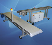 10. Buffersysteem met modulaire kettingtransporteur en bandtransporteur